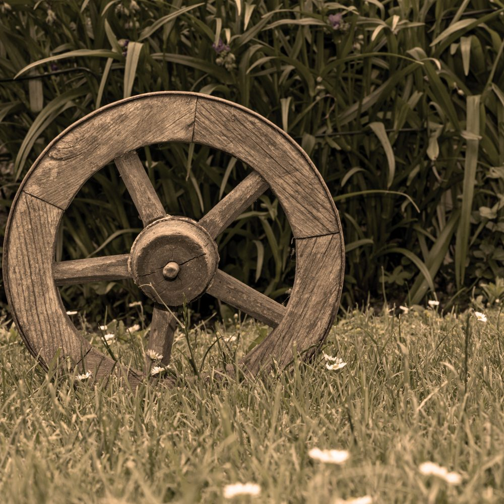 wooden wheel with 5 spokes